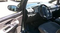 Ford Galaxy -04
