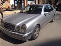 OKAZION Mercedes Benz E300 Elegance turbo