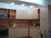 Apartament tek BRRYLI TIRANE 2+1, me sip 100 m2