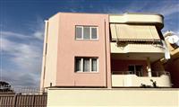 Okazion vile 3 kateshe ne Tirane