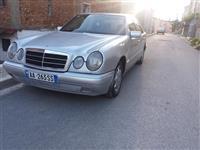 Mercedes-Benz E-220