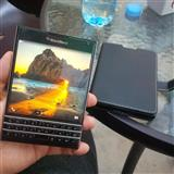 Shitet Blackberry Passport me kuti 10/10