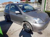 Toyota-Yaris 1.4 Nafte 2004