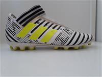 Taka futbolli adidas nemeziz