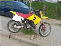 Suzuki RM250 Motocrross