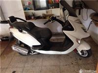 Moto Kymco Grand Dink -07