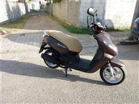 O km Peugeot scooter 50cc