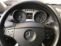 Mercedes Benz ML280 4-matic.