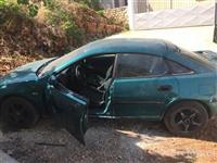 Mazda 1000€