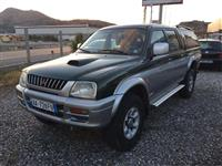 Mitsubishi L 200 pick up 4x4 nafte 2.5