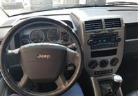 Shitet jeep gaz-benzin