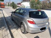 Shitet Opel Astra 1.4 Gas/Benzine