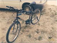 Biciklet pothuajse e re