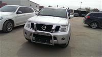 Nissan Pathfinder dizel -11