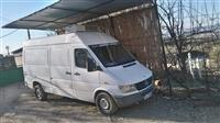 Mercedes-Benz Sprinter 310D.  98-99