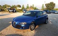 U SHIT Alfa Romeo 147 1.6i viti 2008