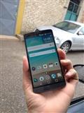 LG G3-------3 GB RAM...32 GB.