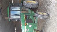 Traktor john deere 1640
