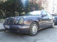 MERCEDES E290 1996