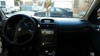 Shes ose ndrroj nje Opel Astra 2000cc naft
