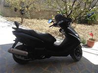 Yamaha majesti 125