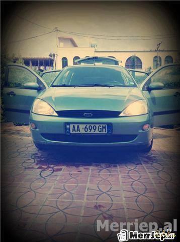 Ford-Focus--00