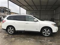 Nissan Pathfinder Platinium