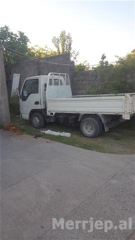 Kamioncin-kama-viti-2010-me-te-gjitha-letrt