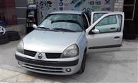 Renault Clio -02