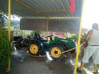 Traktore Ferrari 30