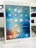 iPad air 2.sa eshte hapur kutia ��