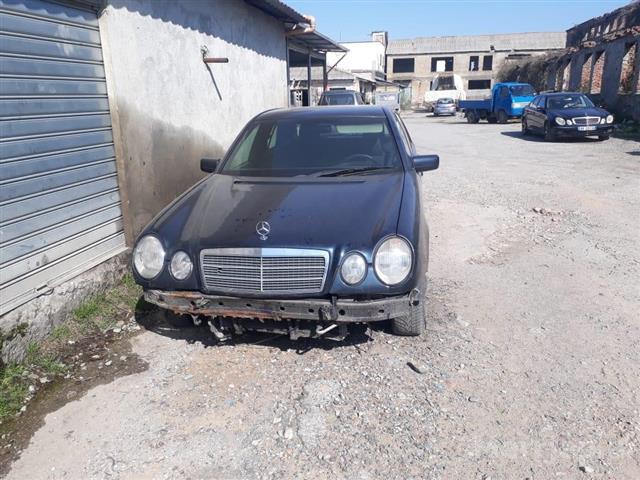 Pjese-per-Benz-E-klas