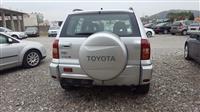 Toyota Rav 4 2.0 nafte viti 2005 i sapo ardhur