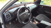 Mercedes-Benz ne Gjendje te Shkelqyer