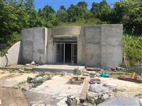 Shitet tokë, 2545 m2 (plus bunker).