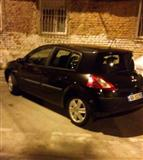 OKAZION Shes Renault Megan 1,5 naft,2005,manual 4m