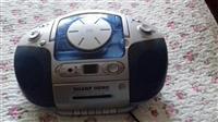 Radio me cd dhe kaset ne gjendje perfekte