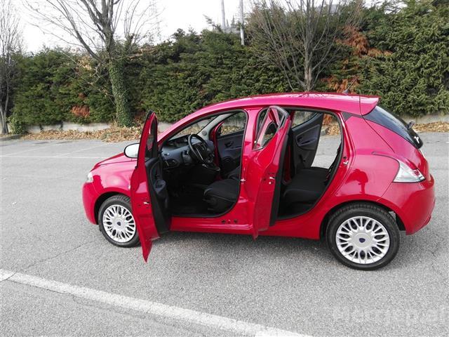 Ford-Grand-C-Max--7--Vendesh-Automatico-200-Nafte-