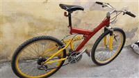 Biciklet Shitet ose nderrohet me biciklet kursi