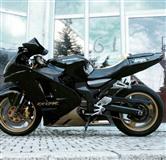 Kawasaki ZX12R + ndrrim