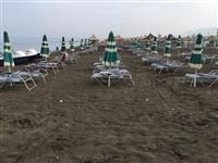 Qadra  dhe krevat plazhi