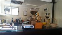 Shitet biznes pjekje-bluarje kafe