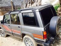 Isuzu Trooper -90