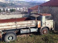Kamion Skoda Liaz -1987 nafte