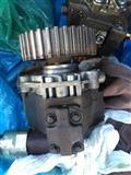 Pompa nafte + iniektor Ford tdci