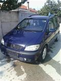 Opel Zafira -01