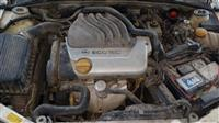 Opel vektra per pjese