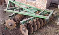 pjese per traktor