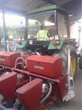 Shitet traktor +plyg dhe freze