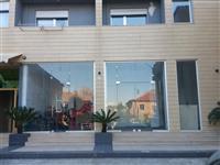 Dyqan 70m2 me qera, Pallati Ferrari, tek Shushica